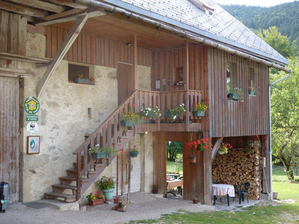 Le Chant de lEau - Le Sappey en Chartreuse - Chambres et Table dhôtes